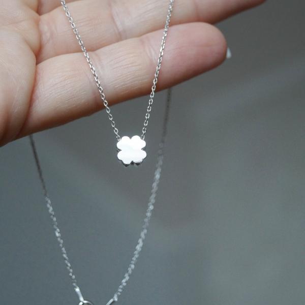 Srebrny rodowany naszyjnik z motywem czterolistnej koniczyny – PERMANE BIŻUTERIA – Simple 2(1)