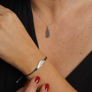 bransoletka sznureczkowa z krótkim piórkiem_boho_permane biżuteria 1